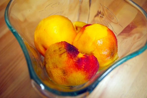 Peaches in blender.jpg