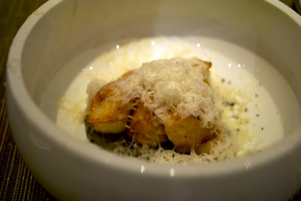 Bay scallops, bone marrow, parsnip, black sesame at WD~50 2.jpg