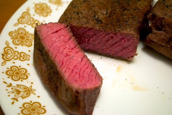Beef cooked sous-vide 2.jpg